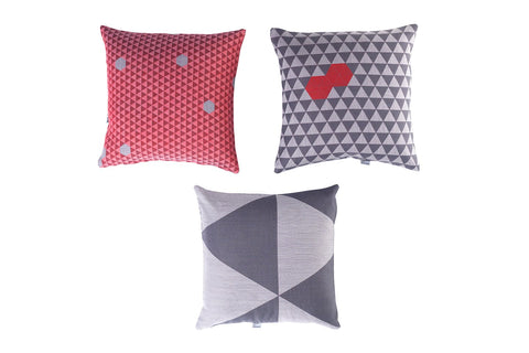 RANDOM TRIANGLES - CUSHION COVER