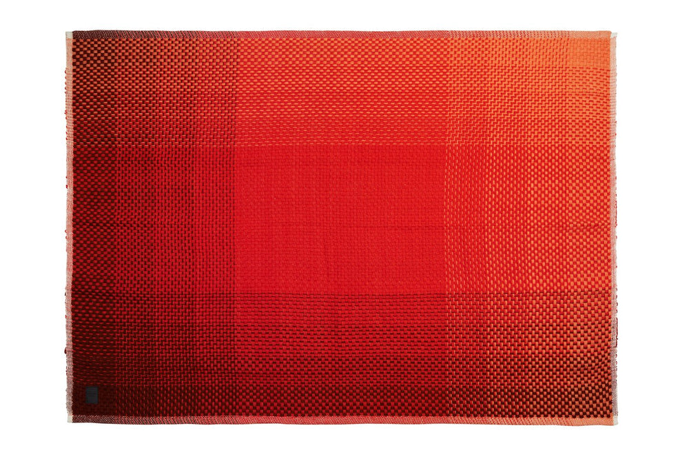 GRADIENT RED WOOL - THROW