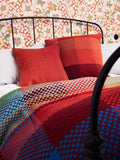 GRADIENT & SQUARES RED GIANT - CUSHION COVER