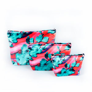 "Cosmetic bag ""BLOOMING FIRE"""