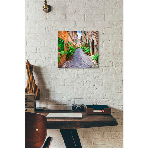 Image of 'Vecino I' Giclee Canvas Wall Art