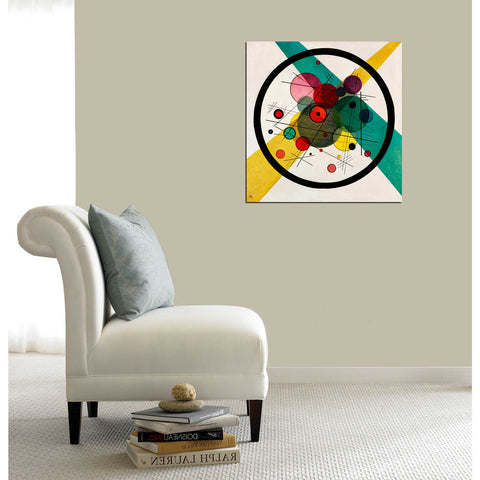 "'Circles In A Circle' by Wassily Kandinsky Canvas Wall Art"",18 x 18"