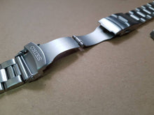 Load image into Gallery viewer, 22MM seiko watch gents mens oyster bracelet for seiko 7S26-0020  Skx007K2 Skx009K2 Skx007 Skx009 SKX399 7002-7000 6309-729  on sale