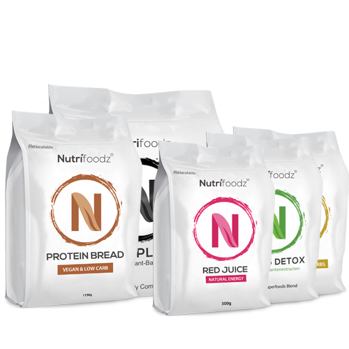 NUTRIFOODZ SUPERHEALTH PROTEIN & ENERGIE PAKKET (1 Protein-Bread + 1 Complete Chocolate + 1 Nutrifoodz Gold + 1 Greens Detox + 1 Red Juice)