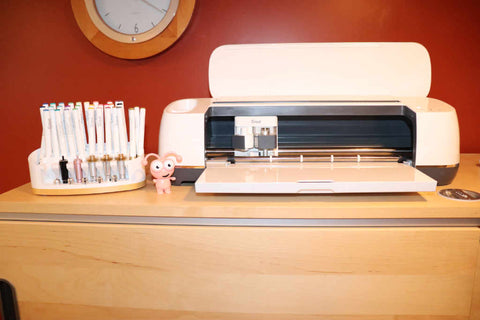 Cricut Maker with tool and pen organizer with Cutie