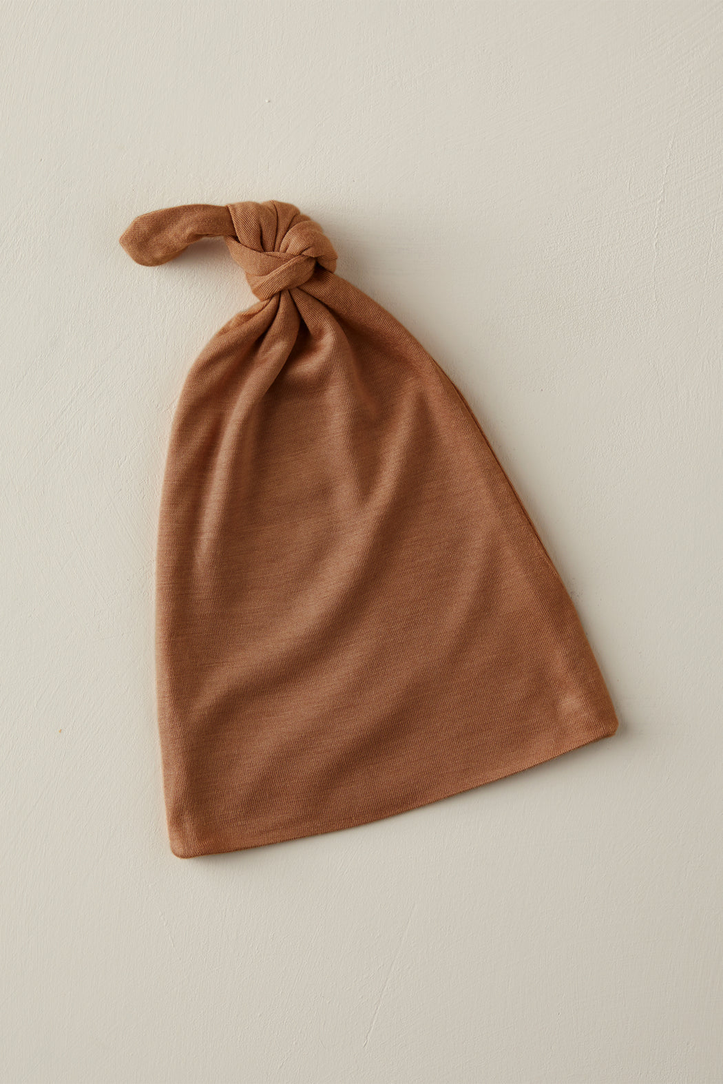 KNOTTED HAT - Cinnamon