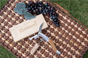 Load image into Gallery viewer, Pinot Beechwood Steward Wine Tool & Box