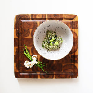 Accacia cutting board for kitchen