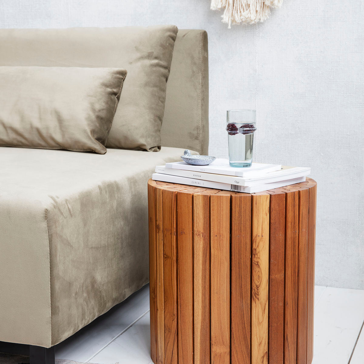 Recycled teak side table - Rima Shop