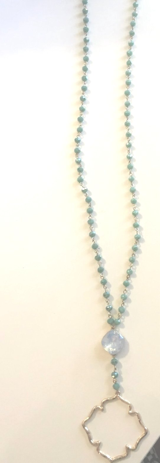 Quatrefoil Bead Necklace - Shop House Market
