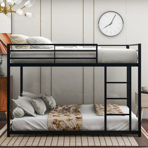 Madelynn Full Over Full Metal Bunk Bed Low Bunk Bed With Ladder