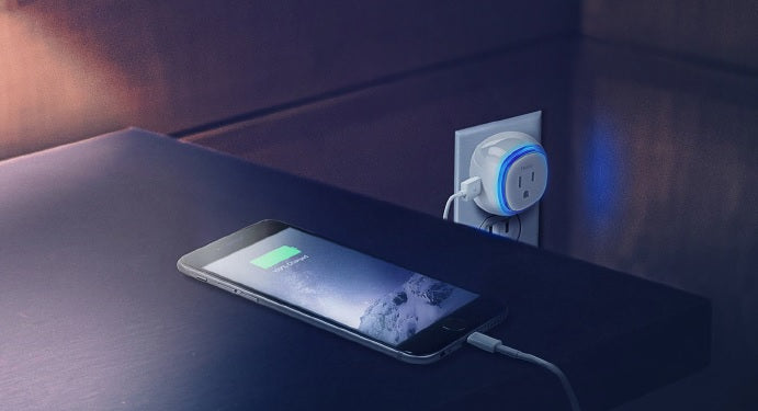 Fibaro Z-Wave Plus Wall Plug with USB Charging Port FGWPB-121 USB Charging Port