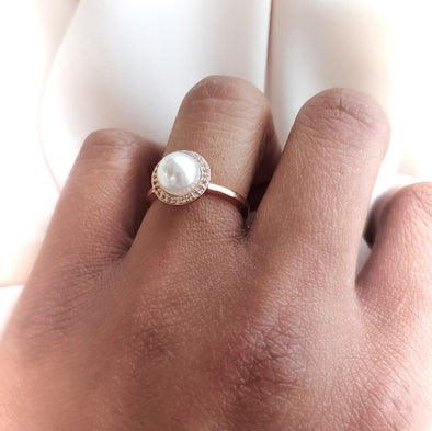 Halo Pearl Ring