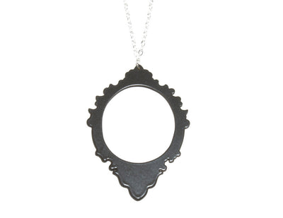 Decorative Frame 3 Necklace charcoal