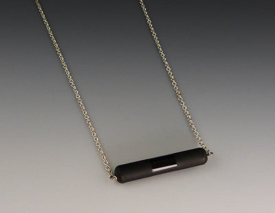 Etched Horizon Barre Necklace