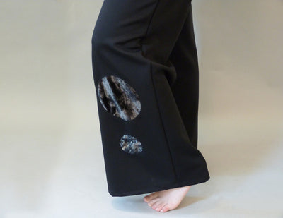 Luna Pants, black, on model leg detail