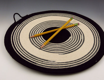 Rope Trivet with pencils