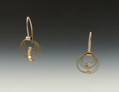 Grad Circle Hooks, Bronze/Gold