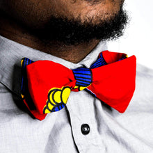 Load image into Gallery viewer, Throwback Self-Tie Bow Tie