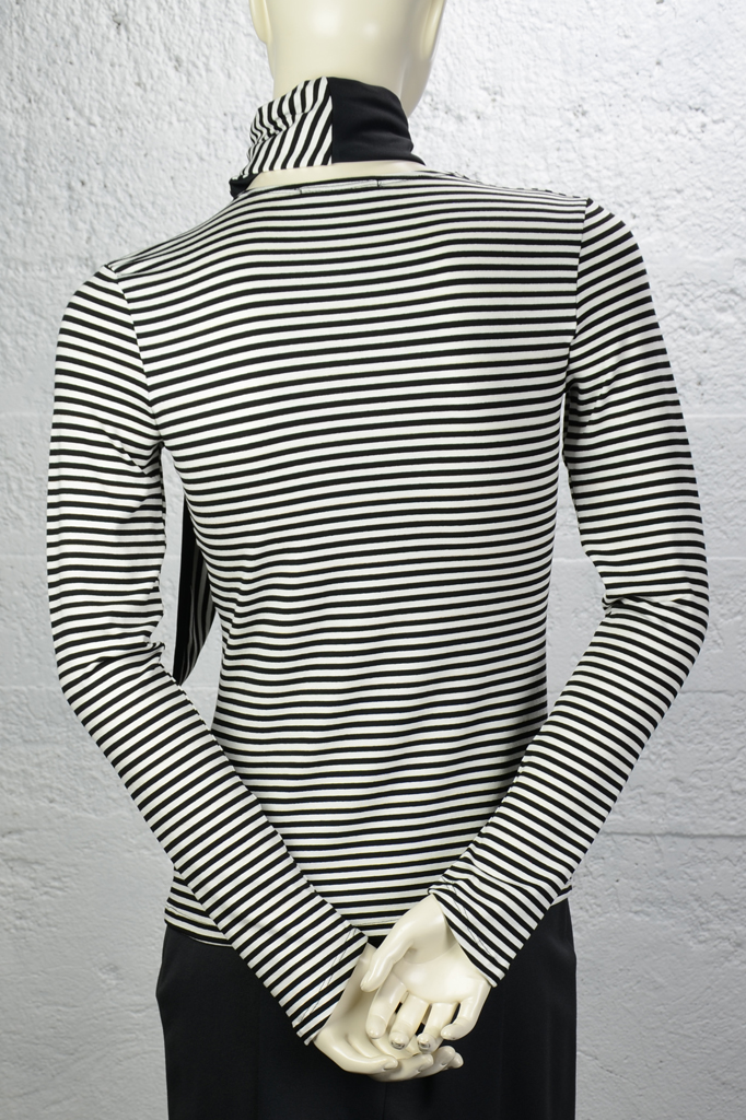 Dagny Top - Black White Stripe