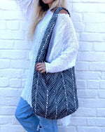 Shoulder Bag - Diagonal Lines with Matching Mask