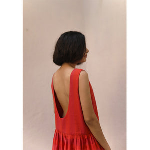 'Esme' A luxurious Backless Dress