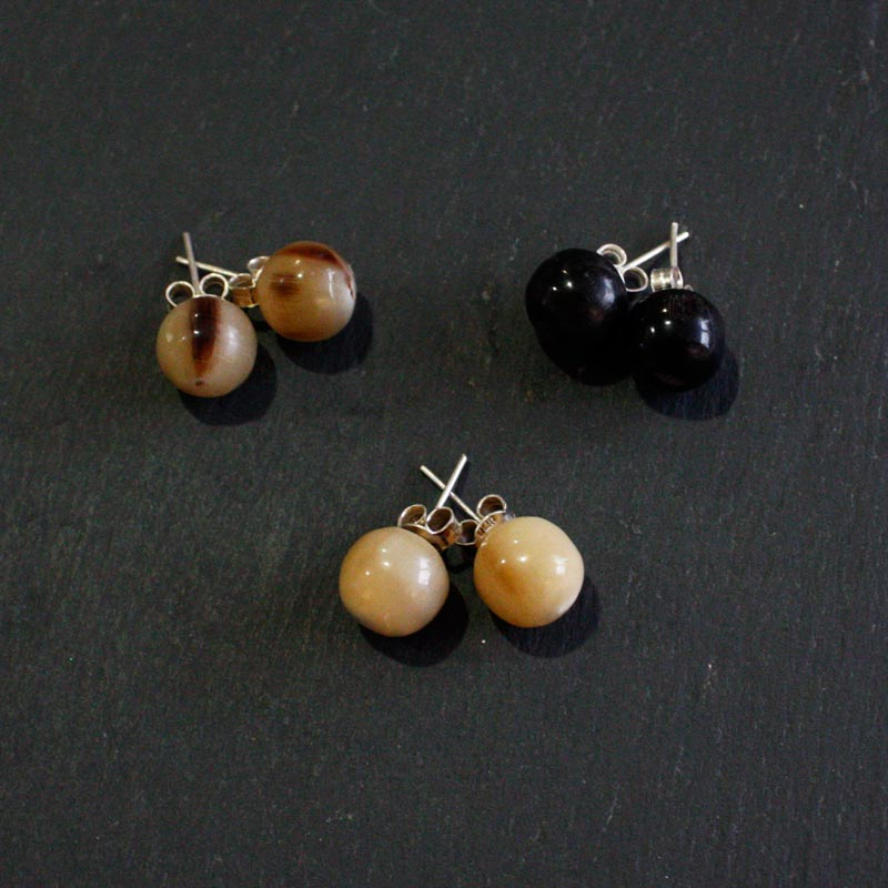 Horn Bead Stud Earrings