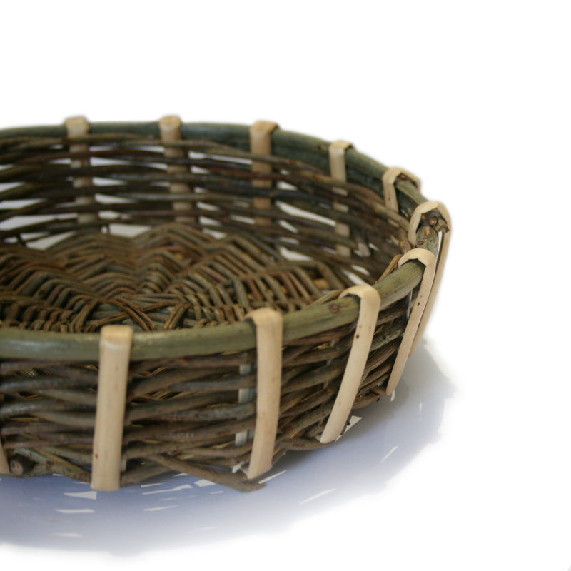 Small shallow food basket