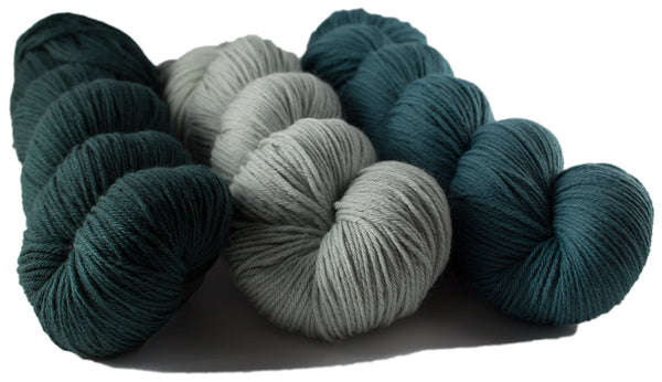 https://www.tangled-yarn.co.uk/collections/rosy-green-wool