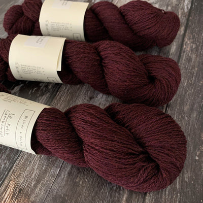 Biches & Bûches Le Petit Lambswool - Dark Burgundy Grey - 4ply Knitting Yarn