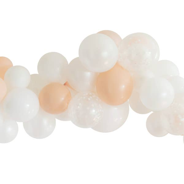 Dream Balloon Garland