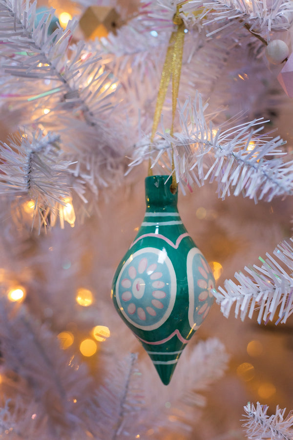 Sugarlane Green Ornament