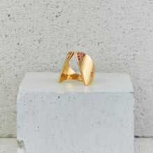 Load image into Gallery viewer, Gold Claavi Ring w. Tourmaline *LAST PIECE*
