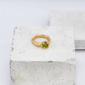 Gold Densa Ring - Peridot