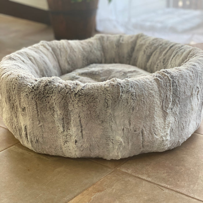 Wally Bed Minky Round Pet Bed (In Store Only)
