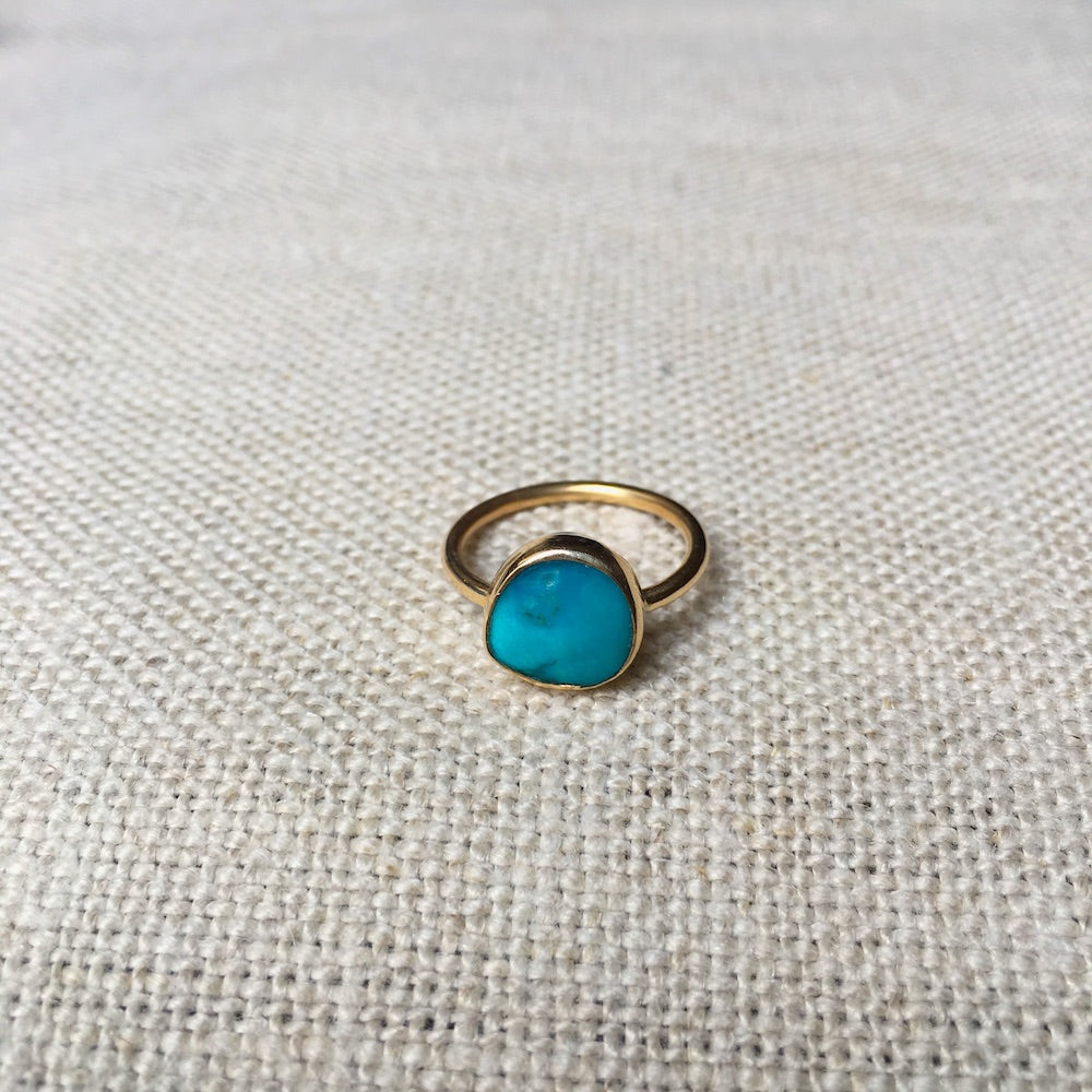 Small Turquoise 14k Gold Ring