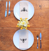 Load image into Gallery viewer, Bee Napkin Set of 2