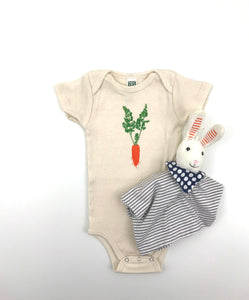 Carrot short sleeve baby bodysuit