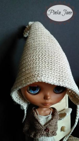 "Elfin Pointed Hat Crochet Pattern For 12"" Blythe Dolls"