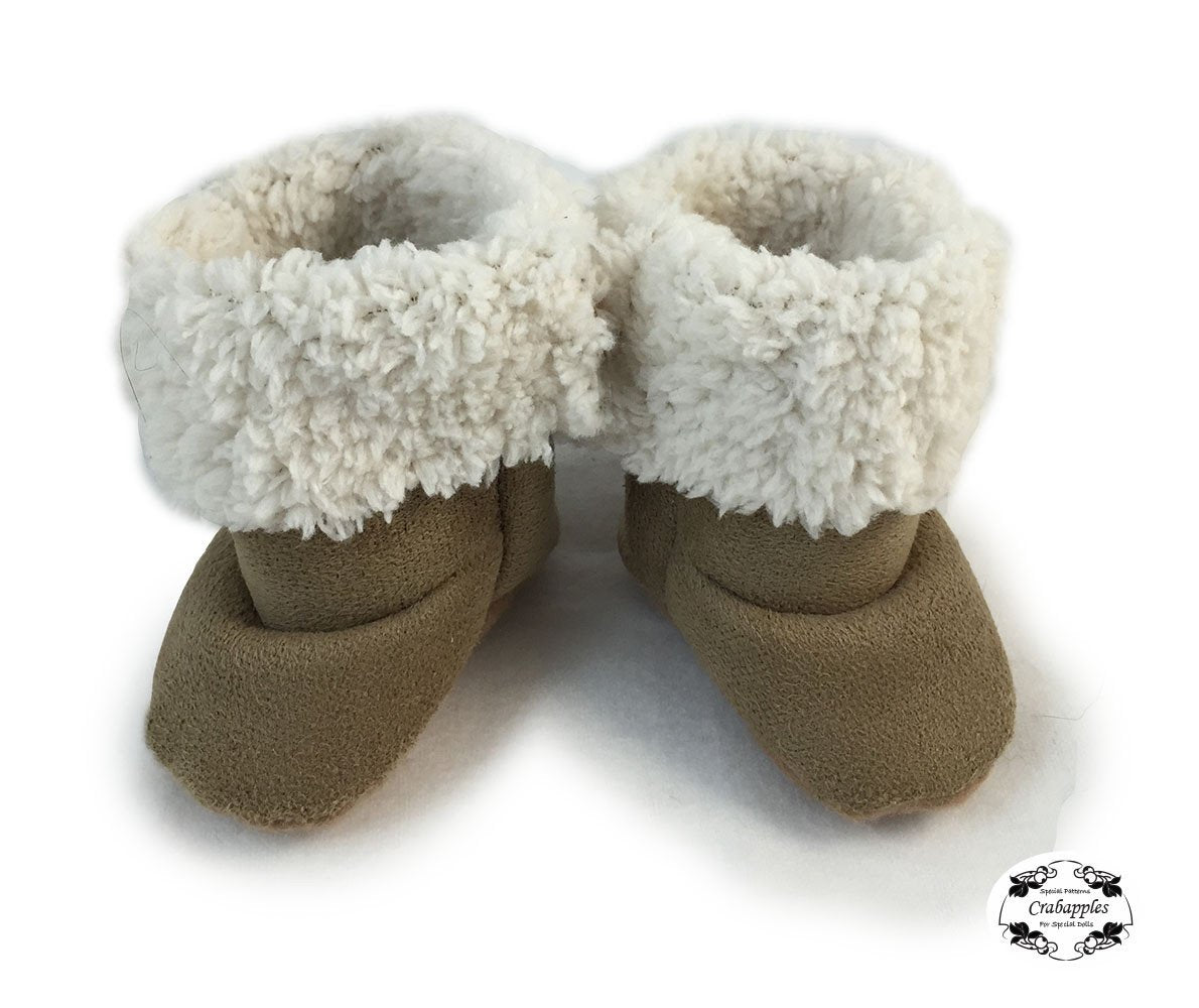 """Brown Faux Suede Moccasin Style Boots Fit American Girl Kidz /& Cats /& 18/"""" Doll"""