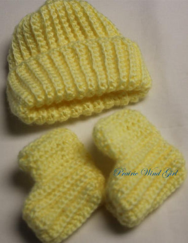 Baby Dagmar Hat and Booties Crochet Pattern