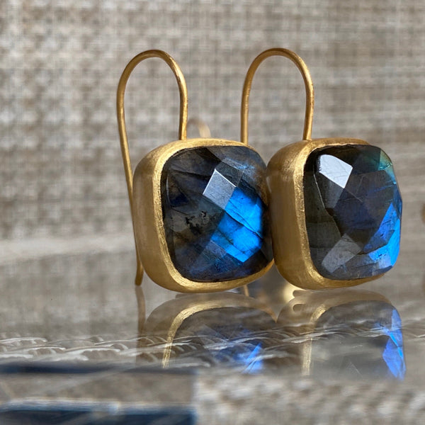 AMAZONIA LABRADORITE CUSHION CUT EARRINGS