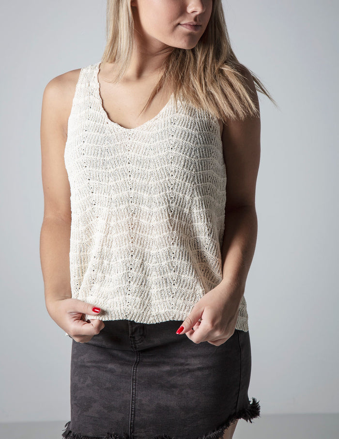 PAISLEY SWEATER TANK IN IVORY