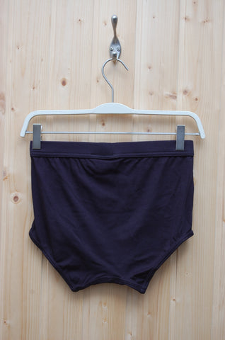 The White Briefs Elm Navy