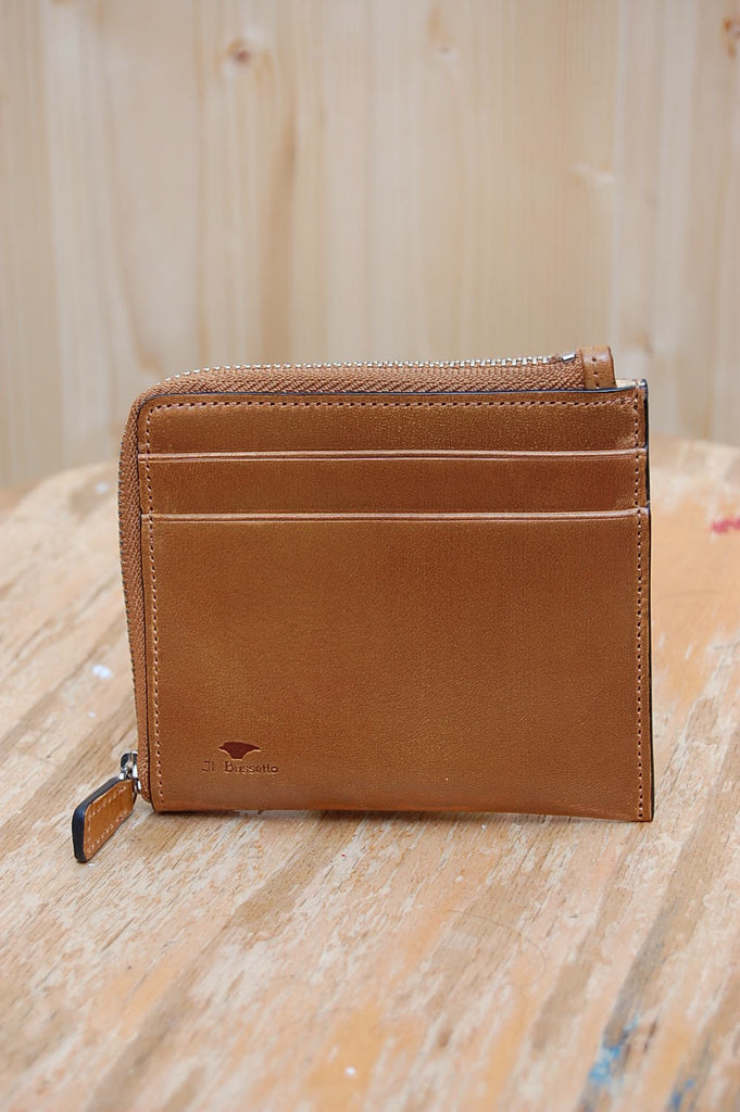 Small Zipped Wallet 11-045 Caramel