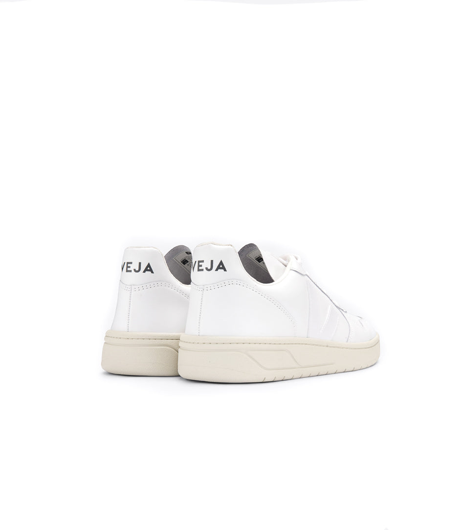 Veja V-10 Leather extra white