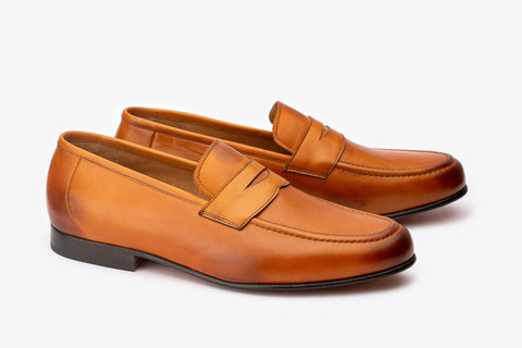 Penny loafer With Cord stitching on vamp