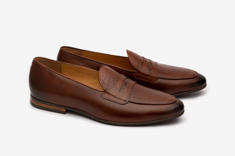 Loafer With Embosed Apron and Saddle -MBR