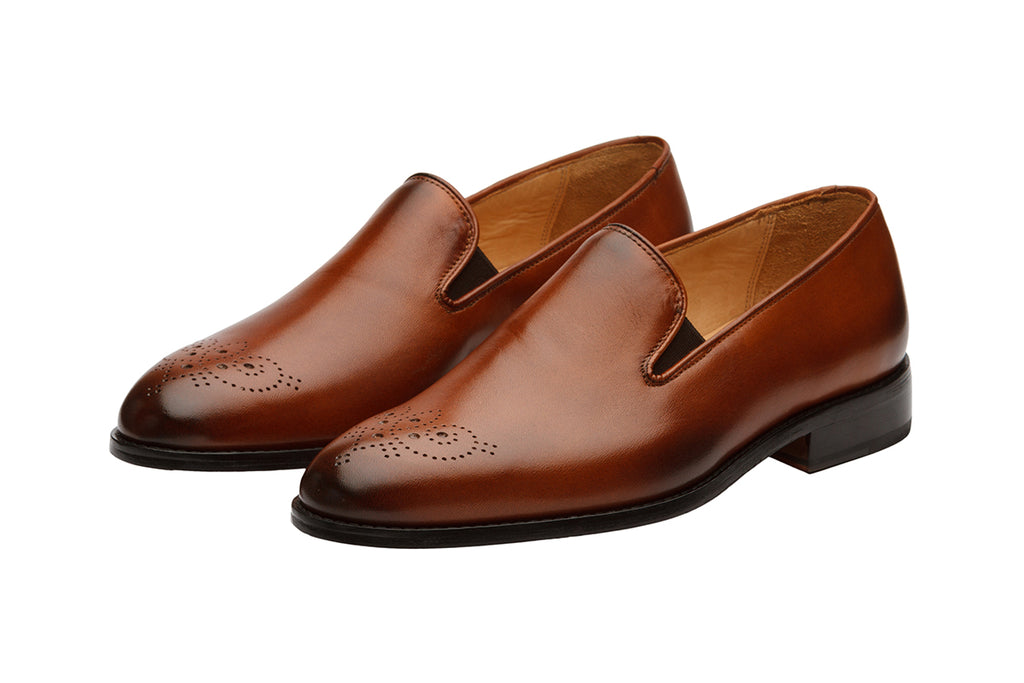 LOAFER with MEDALLION –Mid Brown