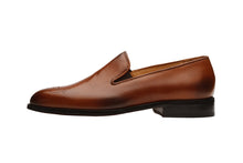 Load image into Gallery viewer, LOAFER with MEDALLION –Mid Brown